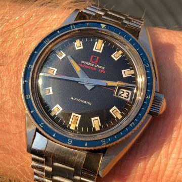 Universal Geneve Polerouter Sub from 1960's in the sun